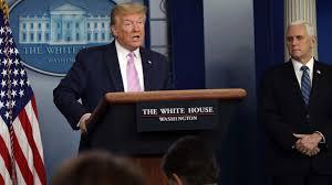 Trump suspende la emisión de permisos de residencia permanente para Migrantes