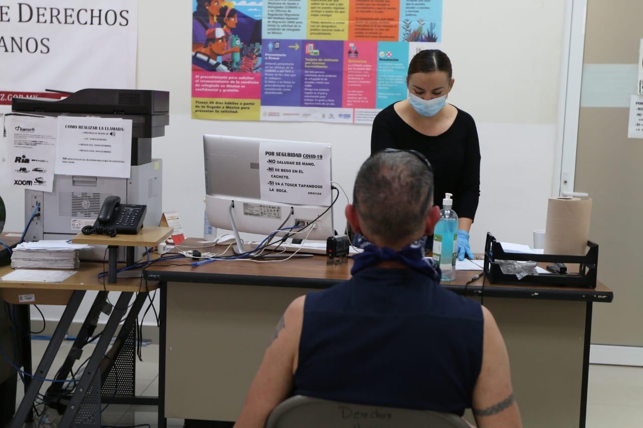 Dirección de Derechos Humanos continúa atendiendo a migrantes