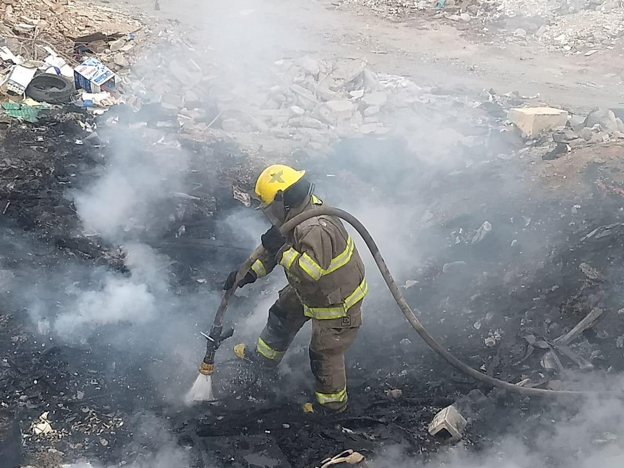 Sofocan Bomberos incendio en basura