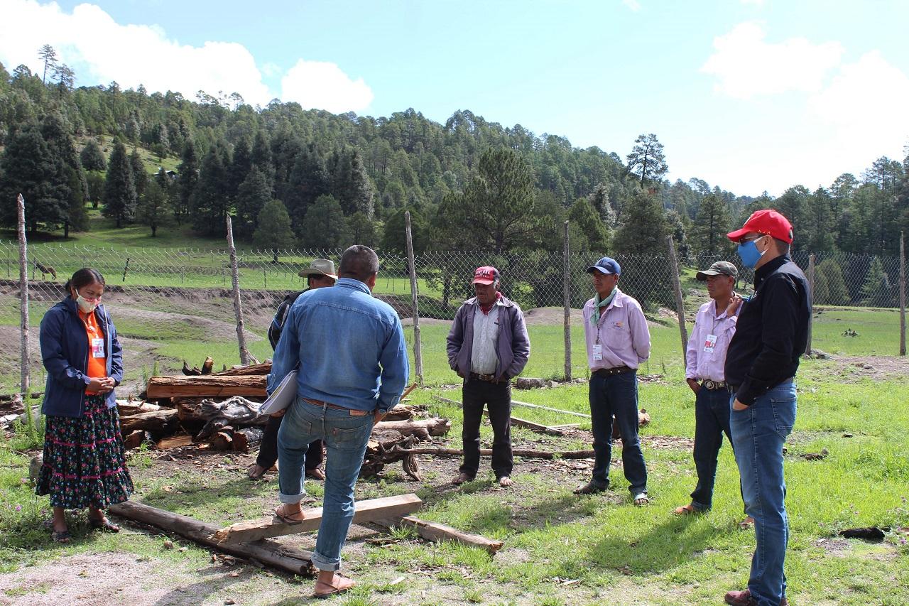 Analizan proyecto para abastecer agua en comunidades indígenas de Choréachi