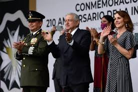 AMLO. Entrega Condecoraciones Miguel Hidalgo a personal de Salud por COVID 19