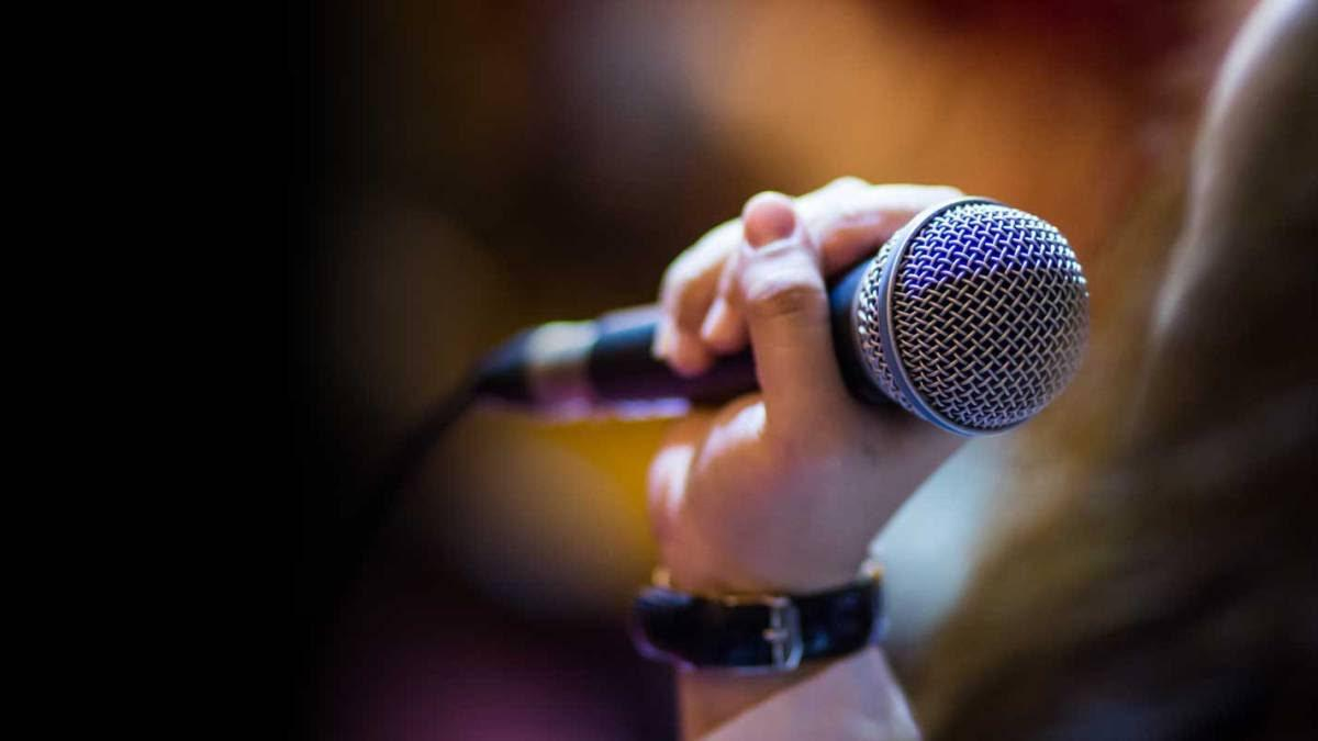 Suspende Estado actividad de karaoke en establecimientos por COVID-19