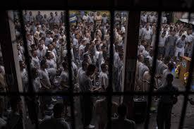 Se amotinan reos en penal de San Francisco Koben, Campeche