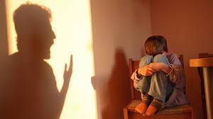 Maltrato físico contra menores de edad es incompatible con la dignidad, resuelve la SCJN