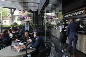 Restaurantes de CDMX. Exigen reapertura pese a restricciones