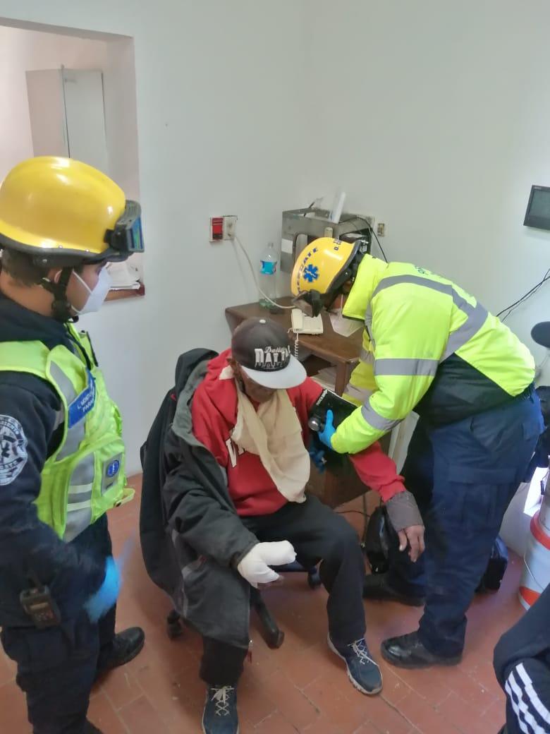ENCUENTRAN POLICÍAS A ADOLESCENTE DEAMBULANDO POR LAS CALLES
