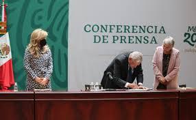 Firma AMLO, con Gobernadores Acuerdo Nacional por la Democracia